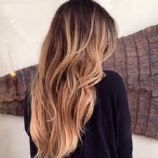 Nestrihajte ! Ako zachrániť poškodené vlasy ?