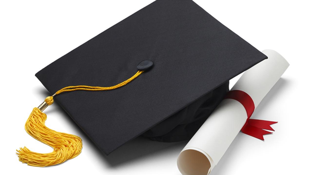 Ako zvládnete napísať diplomovú prácu bez zbytočných stresov?
