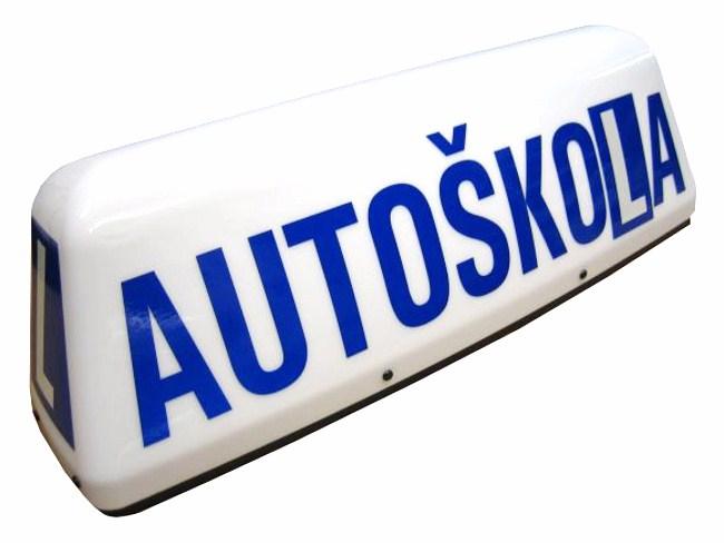 5 tipov na úspešné absolvovanie vodičského testu a autoškoly