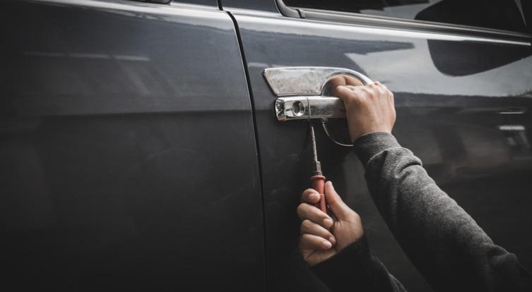 Ak vám na vašom majetku záleží, mali by ste vylepšiť zabezpečenie auta proti krádeži