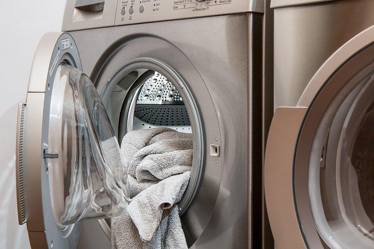 Ako zvýšiť životnosť vašej práčky a ochrániť ju pred vodným kameňom